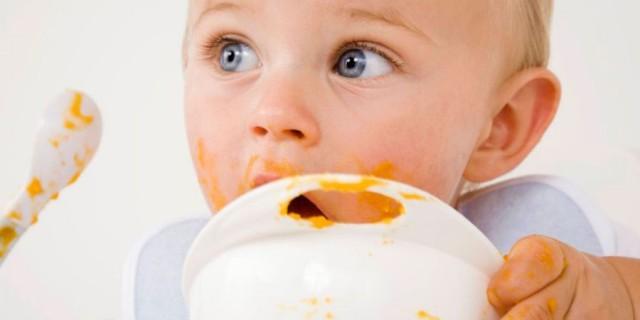 alimentação bebê ovo
