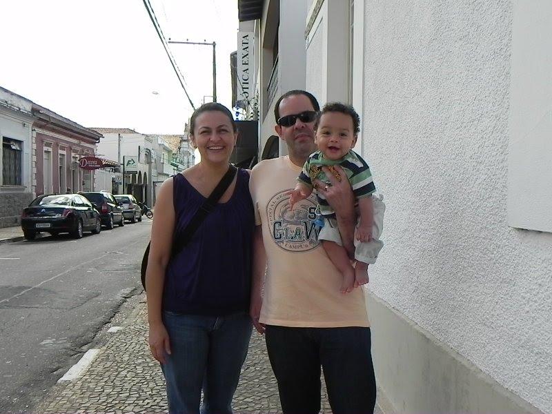 Simone e Flávio são só alegria com o filho Felipe! Foto: Arquivo pessoal